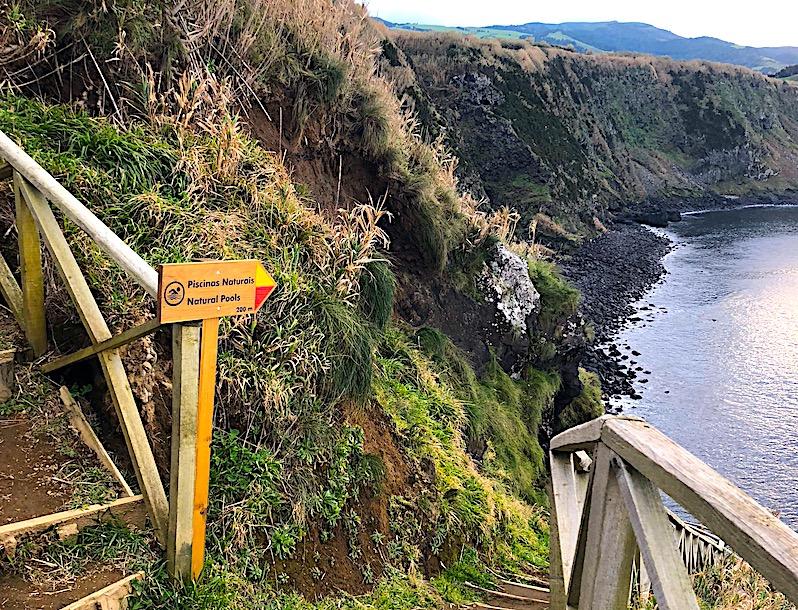 Azores-Sao-Miguel-Pedra-Queimada-Hike-Sign