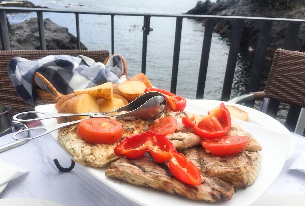 Caloura-Ponta-Delgada-Restaurants-Bar-Caloura