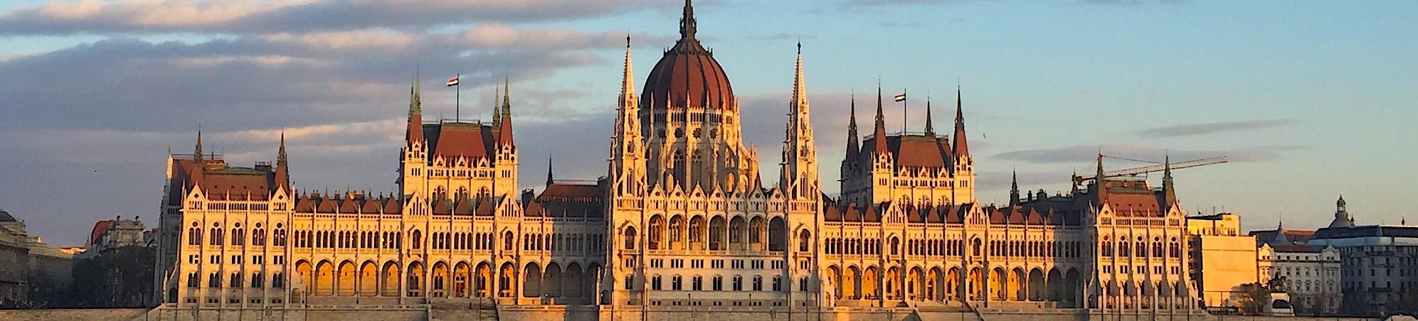 Budapest-Parliament-Sunset-Header