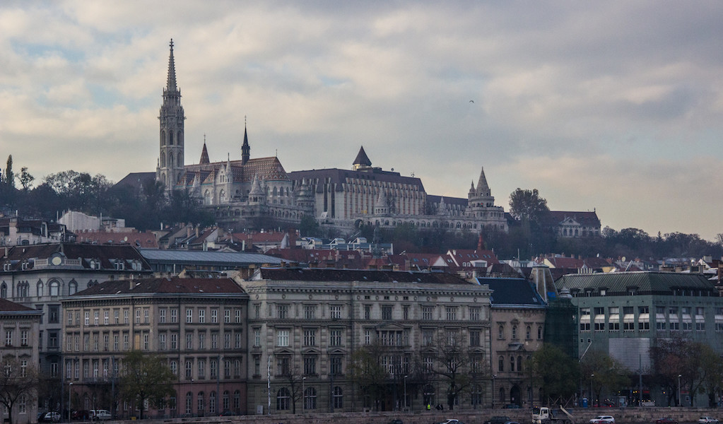 Where-to-Eat-in-Budapest-Best-Bars-Buda-Castle-View