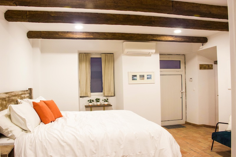 Azores-Luxury-Property - 2-Bedroom-Curtain