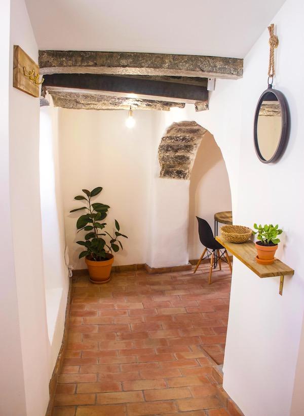 Azores-Luxury-Property - 2-Kitchen-Plantsjpg
