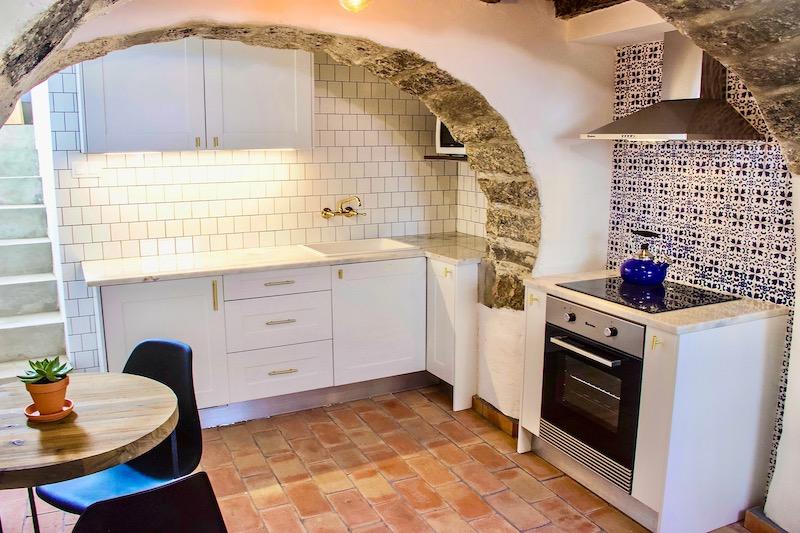 Azores-Luxury-Property - 2-Kitchen-Stove
