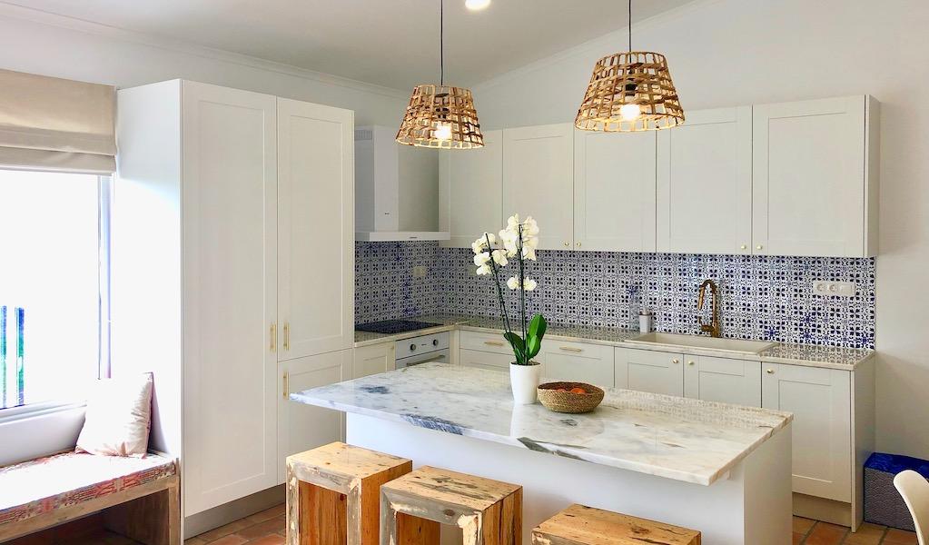 Azores-Luxury-Apartment-Kitchen