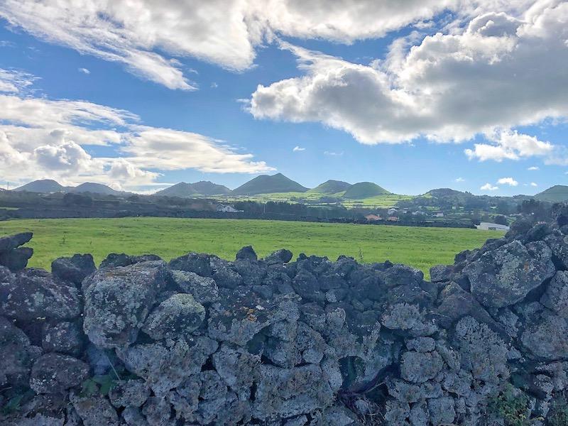 Azores-Sao-Miguel-Rock-wall-800x600