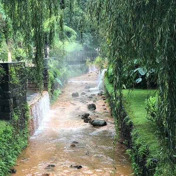 Dona-Beija-hot-springs-Sao-Miguel-Azores