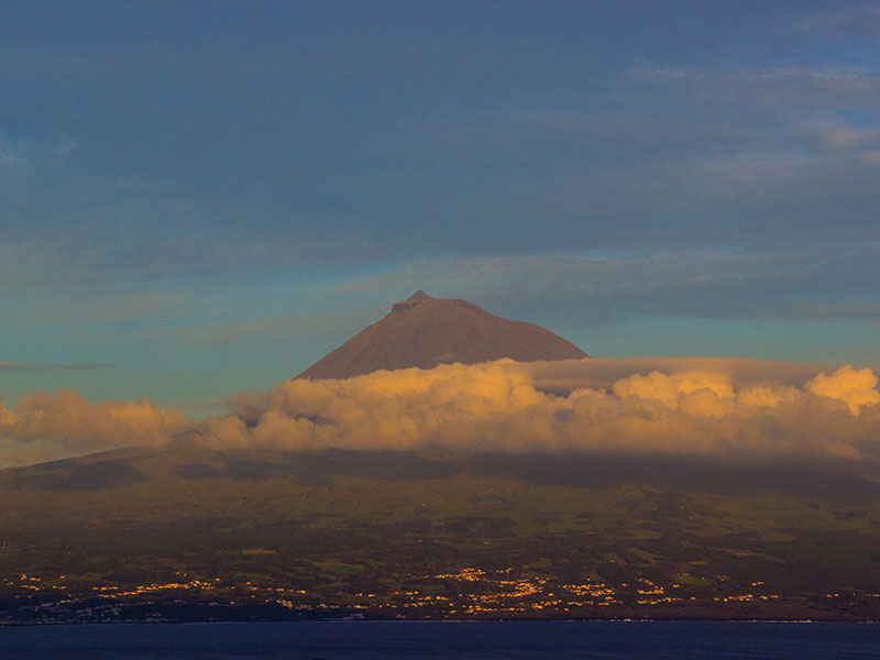 Where-are-the-Azores-View-of-Mt-Pico