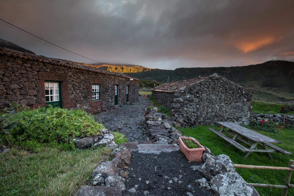 Aldeia-da-Cuada-Flores-Villa-Azores