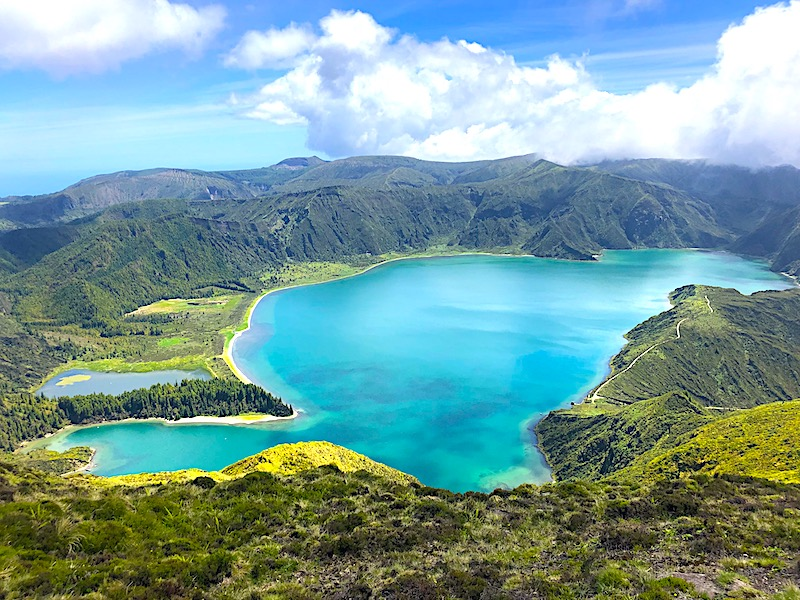 Azores-Sao-Miguel-Lagoa-do-Fogo-Top-View