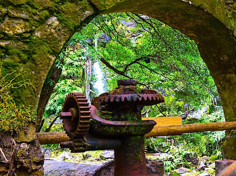 Azores-Sao-Miguel-Rainy-Day-November-Hike-Quatr-fábrica-da-Luz