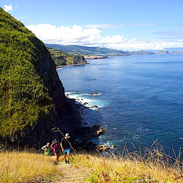 Azores-Hiking-ocean-view-Sao-Migueles